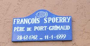 En 1962 l'architecte François SPOERRY découvre un marécage où l'insuffisance des fonds rend impropre la navigation et dissuade tous promoteurs immobilier d'investir le secteur.