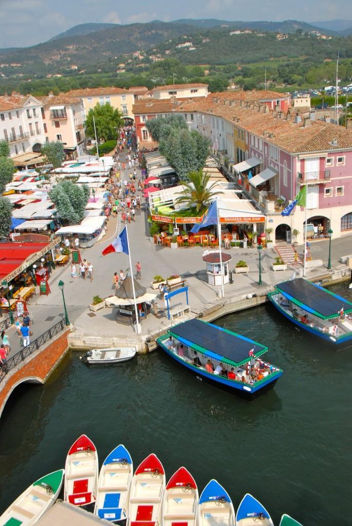 Location Barques Electriques Port Grimaud Cité Lacustre Galerie Photos