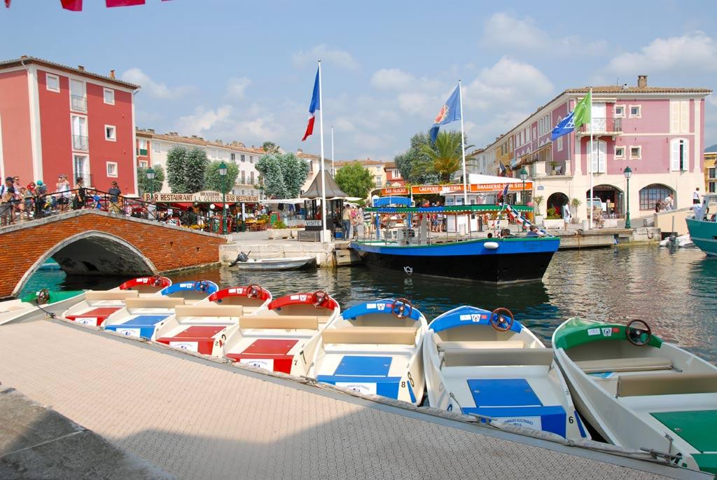 Location Barques Electriques Port Grimaud Cité Lacustre Galerie Photos - Port grimaud location